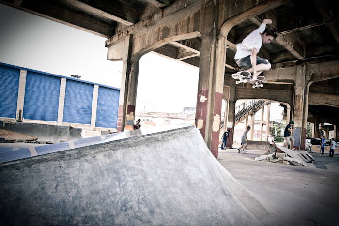 David Flotte Tuck Knee